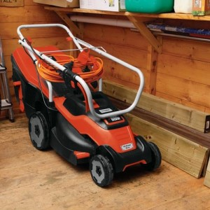 Black-Decker-15-Inch-Corded-Mower-with-Edge-Max-0-3